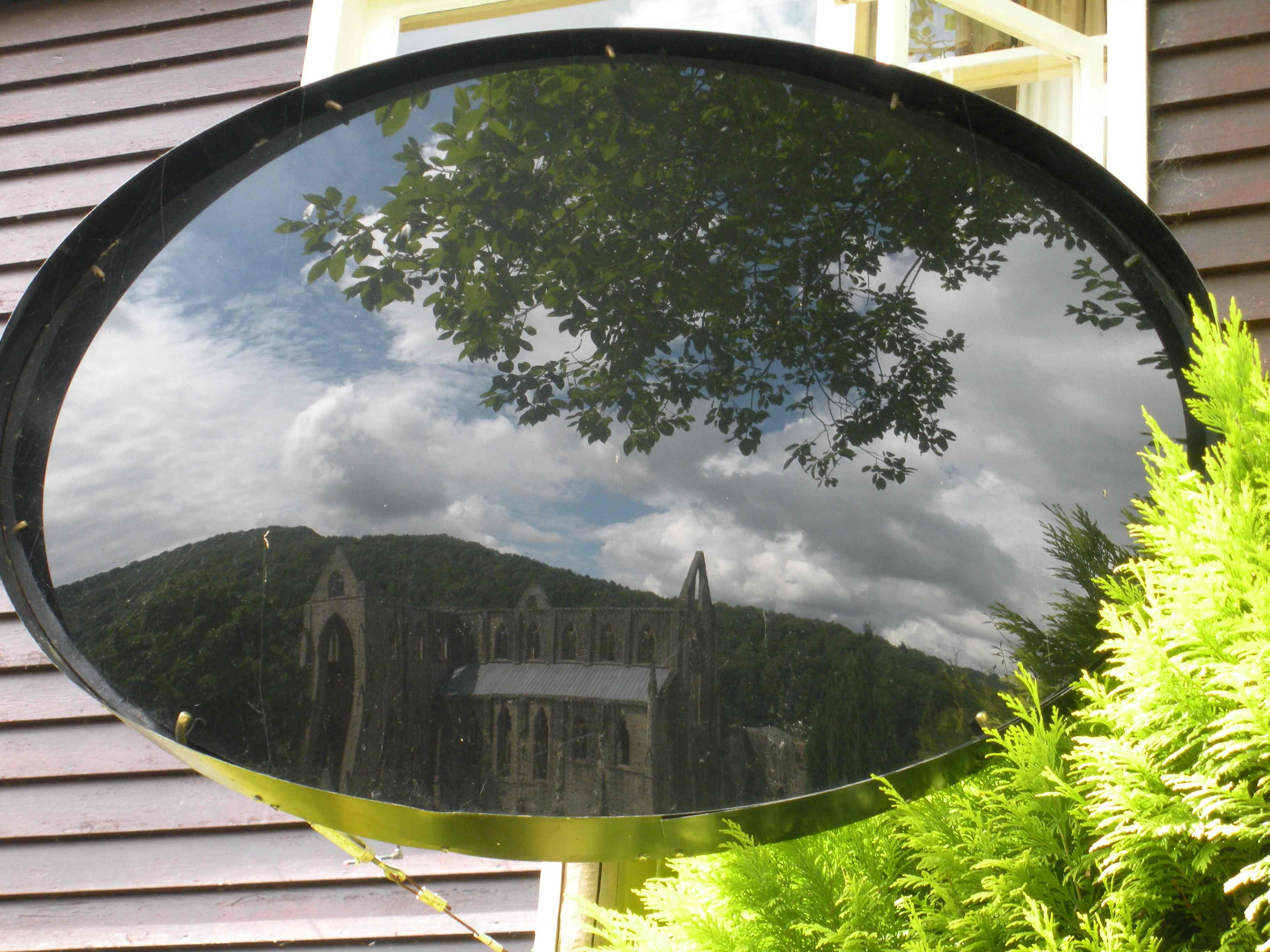 the blind eye and the minds eye in the poem lines written a few miles above tintern abbey Lines composed a few miles above tintern abbey 25 as is a landscape to a blind man's eye: but oft 30 and passing even into my purer mind.